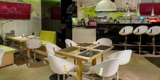 cafe bar 1